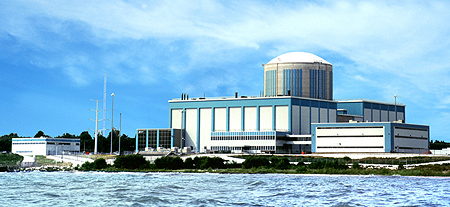 Kewaunee Power Station (Photo from: https://www.dom.com/about/stations/nuclear/kewaunee/index.jsp)
