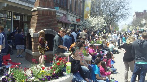 Tulip Time 8th St