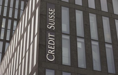 The logo of Swiss bank Credit Suisse is seen at an an office building in Zurich May 9, 2014. REUTERS/Arnd Wiegmann