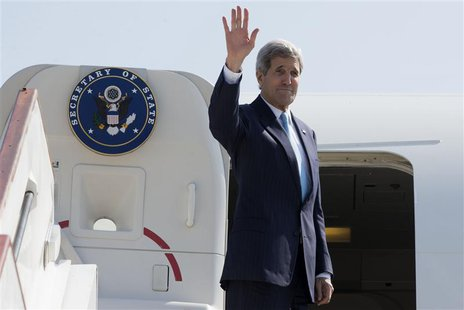 U.S. Secretary of State John Kerry leaves Stansted Airport to return to the United States from London on May 16, 2014. REUTERS/Jacquelyn Mar