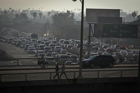 Traffic is backed up in all directions as it moves through downtown on Interstate 110 in Los Angeles, California March 22, 2012. REUTERS/Bre