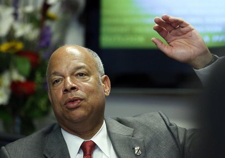 U.S. Secretary of Homeland Security Jeh Johnson speaks at the second day of Reuters CyberSecurity Summit in Washington, May 13, 2014. REUTER