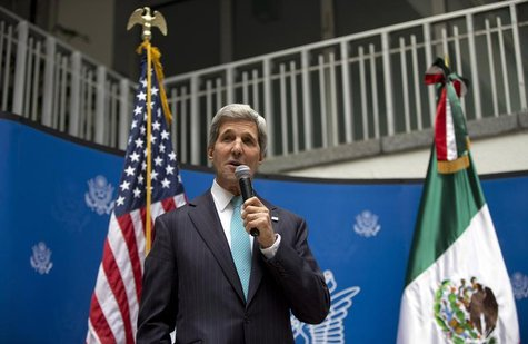 U.S. Secretary of State John Kerry speaks to U.S. embassy employees during a reception in Mexico City May 21, 2014. REUTERS/Carolyn Kaster/P