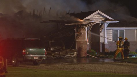 Early morning fire in Town of Chase.  Photo courtesy of WLUK, Fox 11.