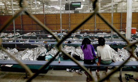 An Oklahoma state lawmaker called for the quarantine of unaccompanied immigrant children housed at Ft. Sill.  REUTERS/Eric Gay/Pool