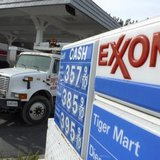 An Exxon gas station is pictured in Arlington, Virginia January 31, 2012. Exxon Mobil Corp's fourth-quarter profit narrowly beat Wall Street's expectations on Tuesday as rising crude oil prices offset falling margins for chemicals, engine lubricants and fuel. CREDIT: REUTERS/JASON REED