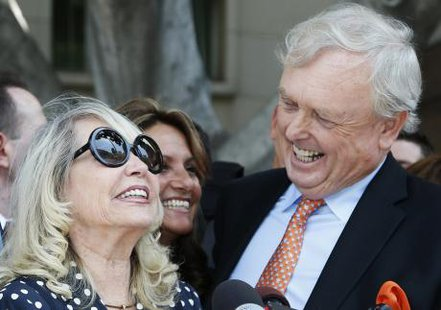 The estranged wife of Los Angeles Clippers co-owner Donald Sterling can proceed with the record $2 billion sale of the NBA team despite her husband's objections, a judge ruled on Monday. (Reuters Video)