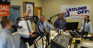 From left to right: Kurt Zellers, Marty Seifert, Scott Honour, Host/Moderator Brad Bennett & Jeff Johnson