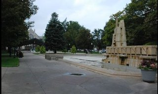 Bronson Park in Kalamazoo. Image © Midwest Communications, Inc. 2014.
