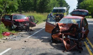 The wrecks hit so hard that deputies said it was difficult to even tell which car had been coming in which direction.