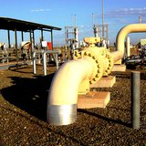 """Gas pipeline - Photo: """"MainLineValve7"""" by Glen Dillon - Own work. Licensed under Creative Commons Attribution 3.0 via Wikimedia Commons - http://commons.wikimedia.org/wiki/File:MainLineValve7.jpg#mediaviewer/File:MainLineValve7.jpg"""