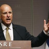 California Governor Jerry Brown speaks during a news conference at Memoria y Tolerancia museum in Mexico City July 28, 2014. CREDIT: REUTERS/EDGARD GARRIDO