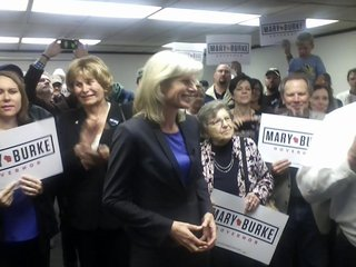 Democratic gubernatorial candidate Mary Burke makes a campaign stop in Green Bay on Tuesday September 30, 2014. (Photo Copyright Midwest Communications, Inc.).