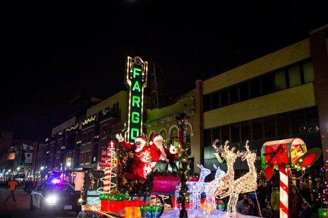 holiday lights parade to be held news kfgo the mighty