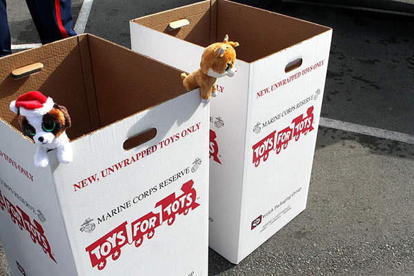 Toys For Tots Logo Pdf : Rock the holidays with toys for tots wozz