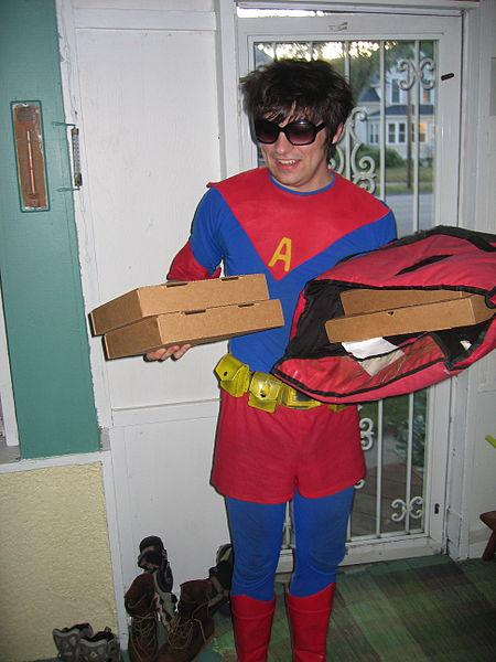 Image of pizza delivery person