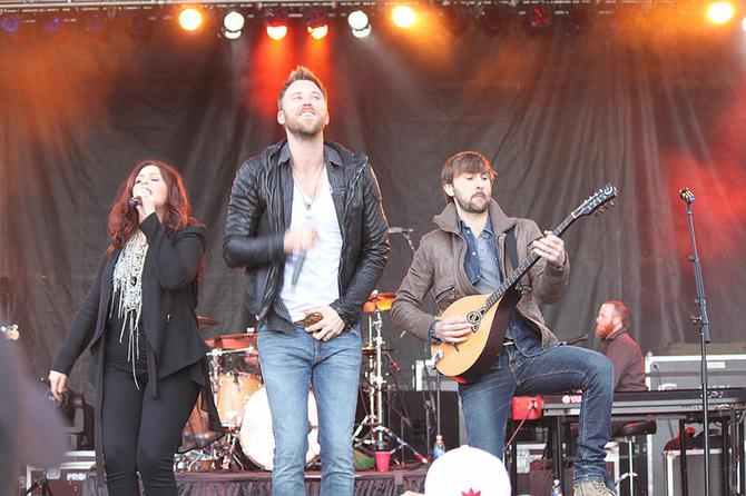 Lady Antebellum play in Charlotte