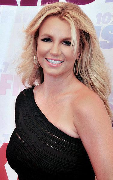 By Glenn Francis Uploaded by MyCanon (Britney Spears) [GFDL (http ...